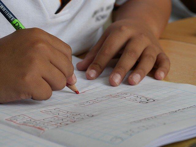 中学受験勉強において、子供の成績を上げるために、やるべき勉強を科目別に紹介!